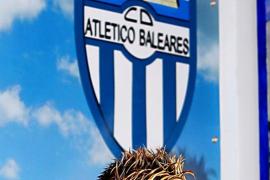 Antoñito, el hombre de los cuatro ascensos, confía en ser el talismán del Atlètic Balears