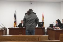 Un año de prisión por abusar de la hija menor de edad de su expareja en Palma