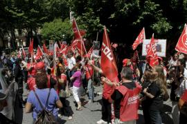 UGT y CCOO se concentran en Palma contra la reforma laboral