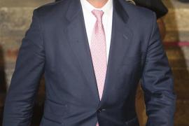 Cayetano Martínez de Irujo, ingresado de urgencia