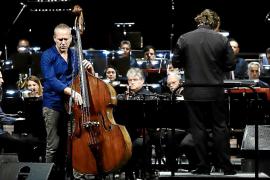 Avishai Cohen da el 'sus' al Jazz Palma Festival en un Principal abarrotado