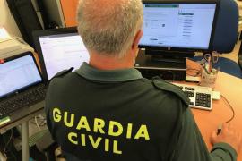 La Guardia Civil detiene a una persona por estafa en la venta de billetes de avión a senegaleses