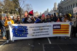 Trabajadores de Baleares viajan a la manifestación de Madrid de empleados públicos temporales