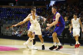 Jaume Amengual disputa la final de la Minicopa con el Real Madrid