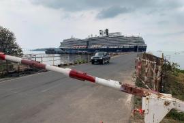 Cinco españoles, sometidos a pruebas de coronavirus en crucero en Camboya