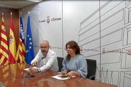 El Consell d'Eivissa aboga por encontrar el «equilibrio» entre flora y tradición en es Vedrà