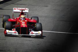 Alonso se coloca líder del mundial tras acabar tercero en Mónaco