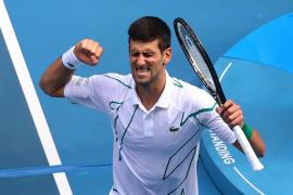 La pachanga callejera de Novak Djokovic en Belgrado