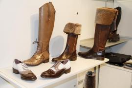 Las exportaciones de calzado,  bisutería, muebles, aceites y patatas crecieron en 2011, pese a la crisis