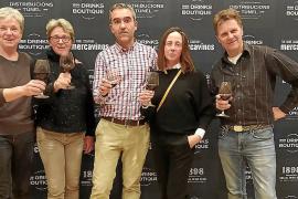 Cata de vinos en el RCNP