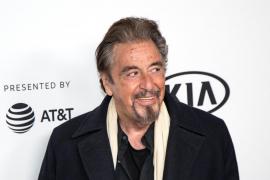 La actriz Meital Dohan rompe su noviazgo con Al Pacino por «viejo y tacaño»