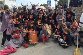 L'Associació Vuit d'Agost: «defensa del catalán y lo ibicenco»