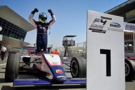 Lorenzo Fluxá logra una histórica victoria en Dubai