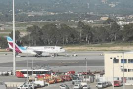 AENA renuncia a ampliar el párking y la plataforma para tener más aviones