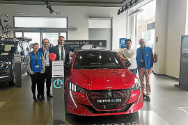 Jornada de pruebas de eléctricos e híbridos en Peugeot Psa Retail Palma