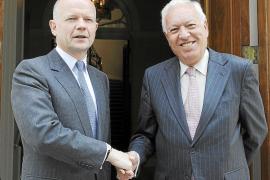 Madrid y Londres instan a Gibraltar y a los pescadores a buscar un acuerdo