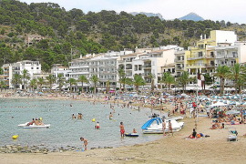 El Ajuntament no autorizará una macrofiesta en la playa convocada vía Facebook