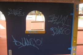 La policía local de Llucmajor denuncia a 21 menores por actos vandálicos