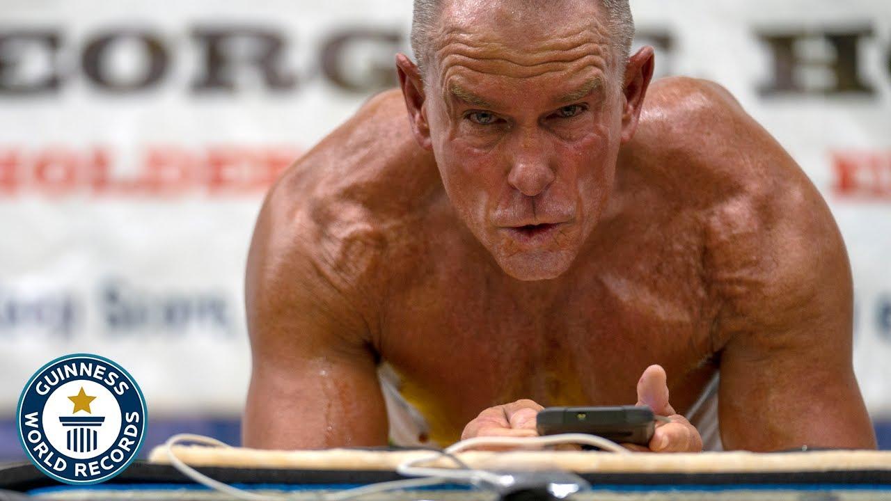 Un sexagenario de récord con abdomen de acero