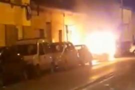 Vox denuncia el «atentado» contra uno de sus concejales, cuyo coche ha sido quemado