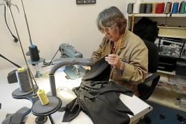 La 'Carmen' de Calixto Bieito, una producción de coser y cantar