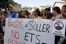 Bauzá esquiva una sonora y pacífica protesta en Sóller y es recibido entre gritos en Puigpunyent
