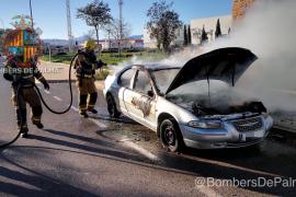 Arde un coche en Son Oms