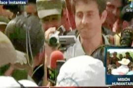 Las FARC liberan al periodista francés un mes después de su secuestro