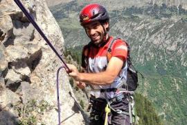 Muere un escalador al caer desde un puente en Barcelona