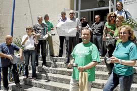Nuevas caceroladas de profesores y alumnos contra los recortes en educación