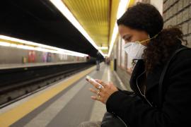 Cataluña aísla a 25 personas por el primer caso de coronavirus en Barcelona