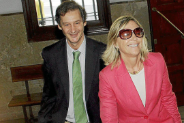 Dolça Mulet niega haber favorecido con subvenciones nominativas «a gente de UM»