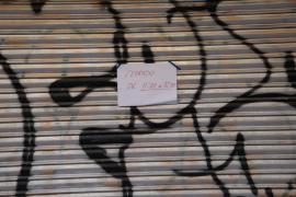 Los comerciantes han cerrado este jueves en señal de protesta
