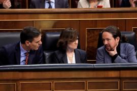 El PSOE se mantiene en cabeza mientras el PP baja, según el CIS