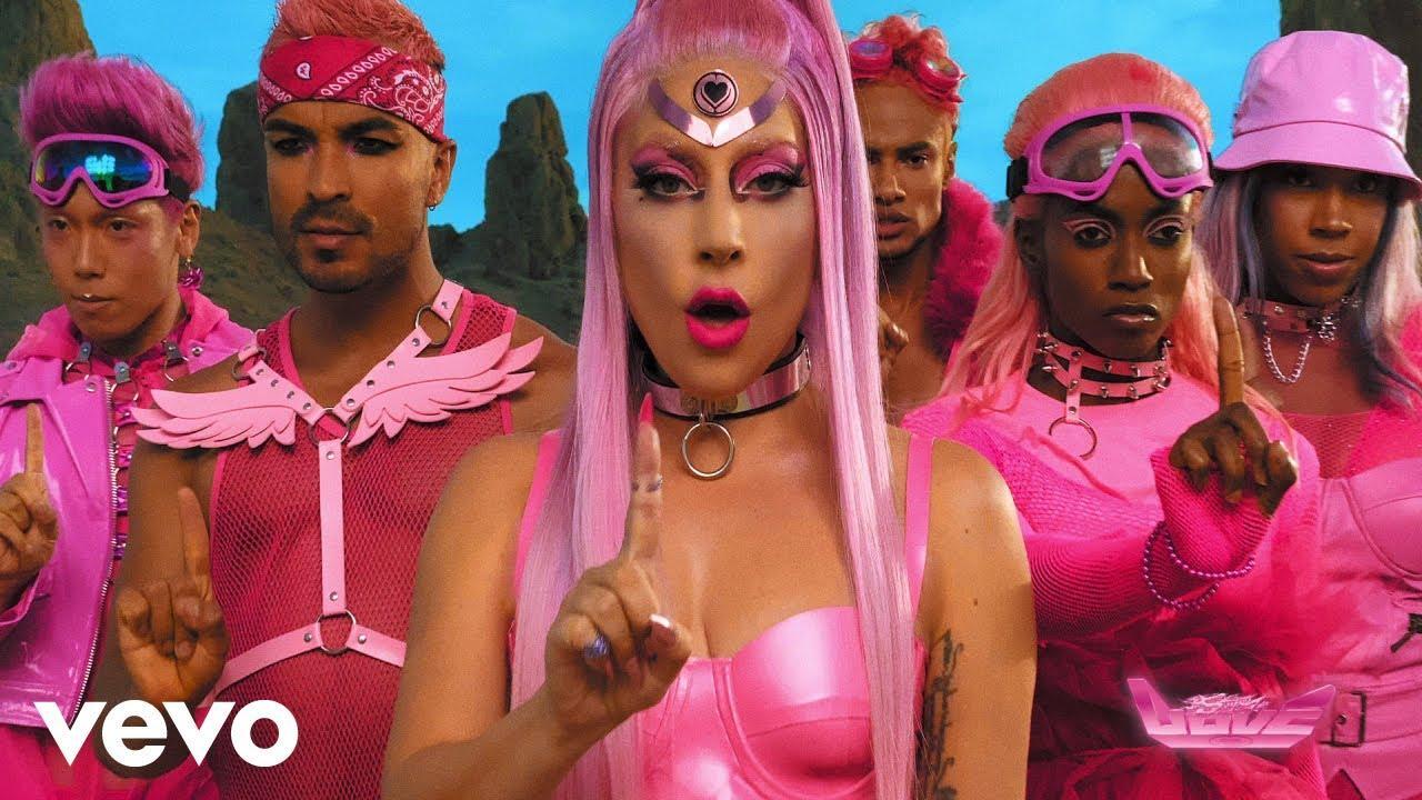 Lady Gaga se encarama al éxito en su regreso con 'Stupid Love'