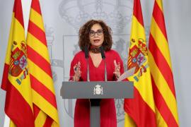 Montero recalca que las «soluciones imaginativas» para Cataluña «no pasan por la autodeterminación»