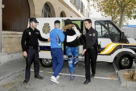 Es Pinaret suspende las salidas al joven implicado en la violación de Corea