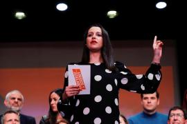Inés Arrimadas, al PP: «Si nos intentan absorber, nanay»