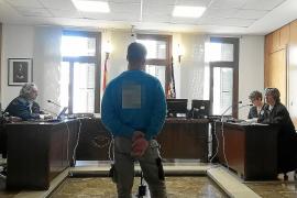 Acepta una multa de 1.080 euros por agredir con un bate de béisbol a un hombre en Palma