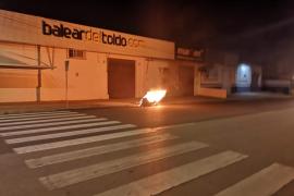 La policía busca al pirómano que provocó dos incendios en 24 horas en Palma