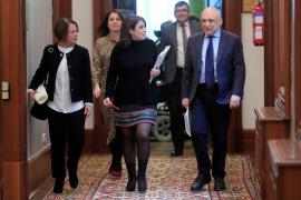 PSOE y Podemos paralizan en el Congreso la comisión sobre abusos a menores