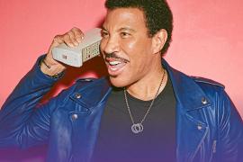 Lionel Richie: «En mis conciertos me siento como en una reunión familiar»