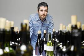 Javier Luengo, responsable editorial de la Guía Peñín: «No recibo presiones de los bodegueros, pero sí quejas»