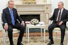 Putin y Erdogan acuerdan un alto el fuego en 'la zona segura' al noroeste de Siria
