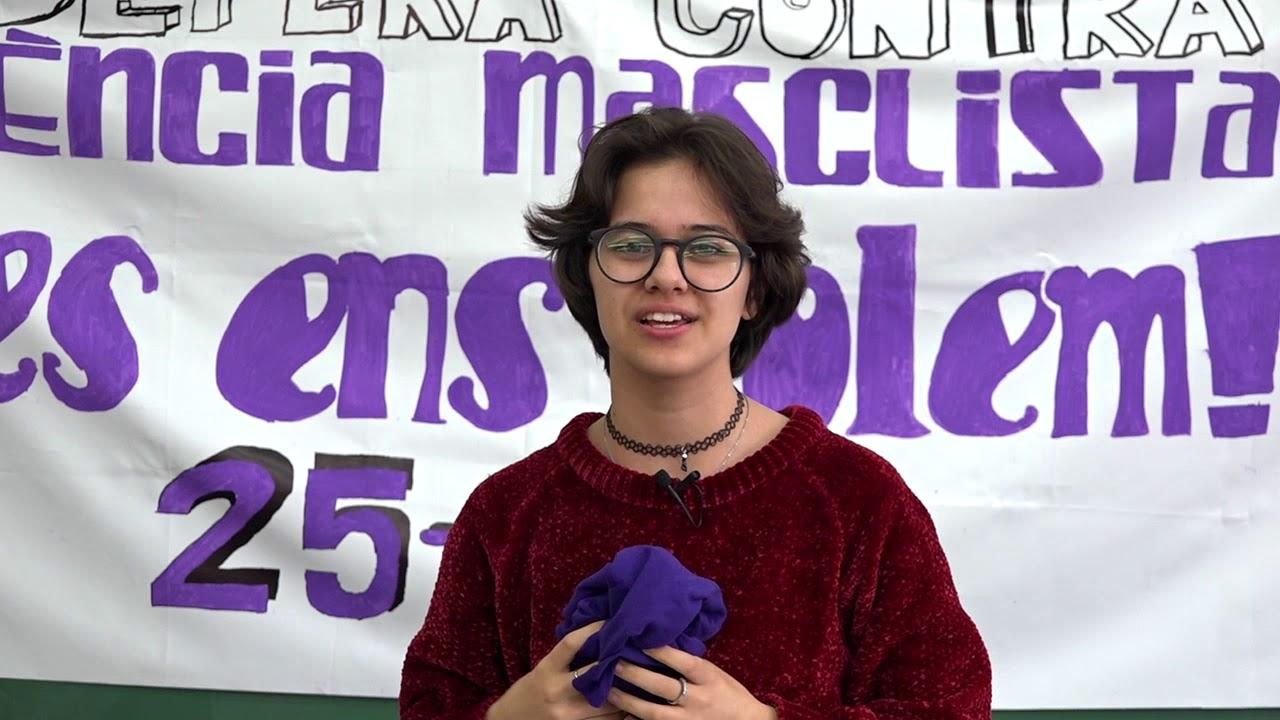 El alumnado del IES Capdepera clama por la igualdad ante la celebración del 8M