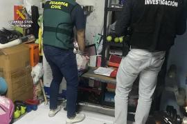 Detenidas ocho personas en una operación antidroga en Palma e Inca