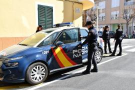 Detenido por hacerse pasar por policía y cachear a gente en calles y bares de Palma