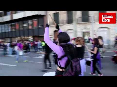 Unas 10.000 personas se manifiestan en Palma en el Día de la Mujer