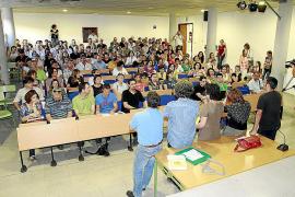 Los docentes públicos advierten de que habrá un inicio de curso «anormal»