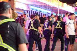 Primeras 12 multas por el turismo de excesos en Magaluf